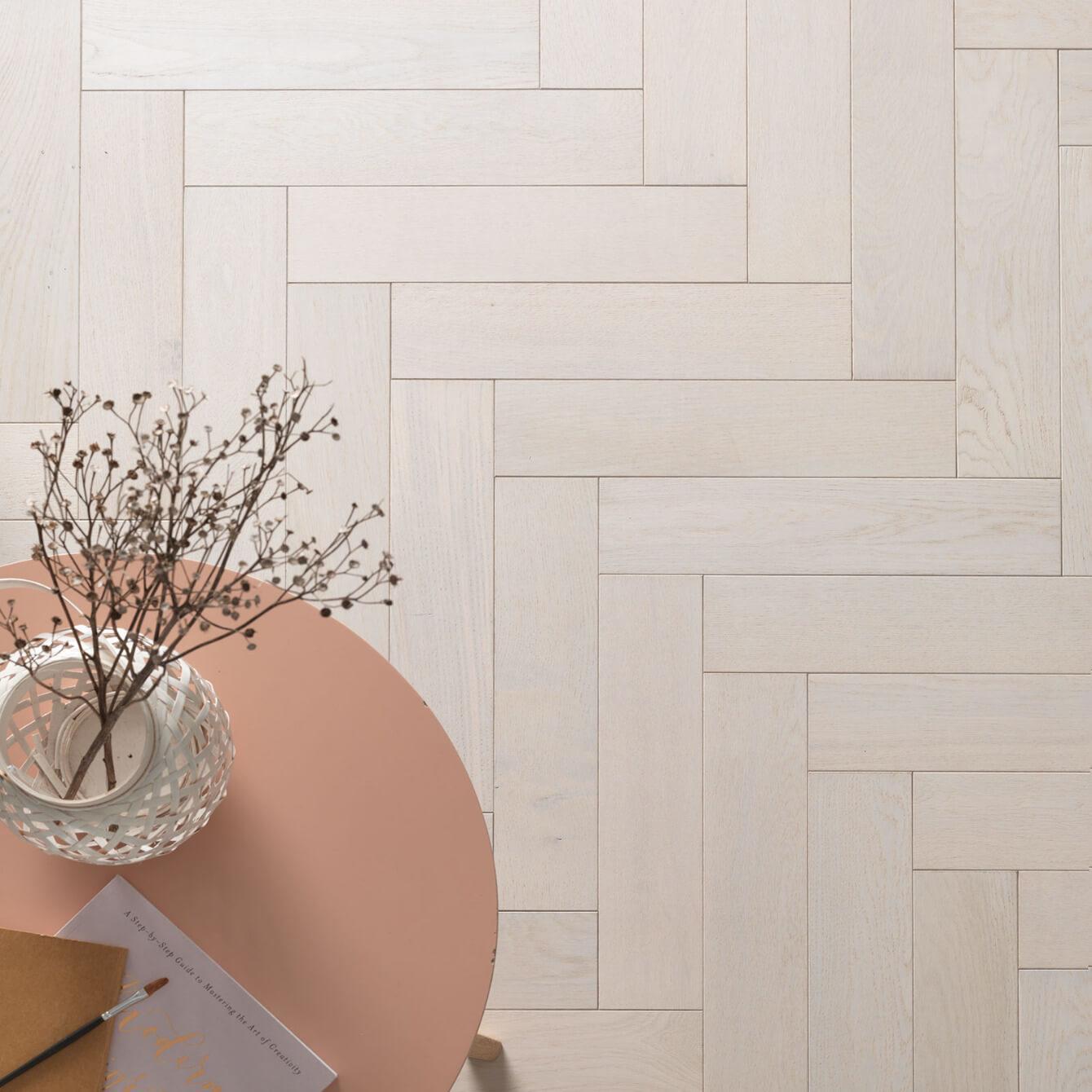 Cotton Oak Goodrich Woodpecker Flooring Lifestyle