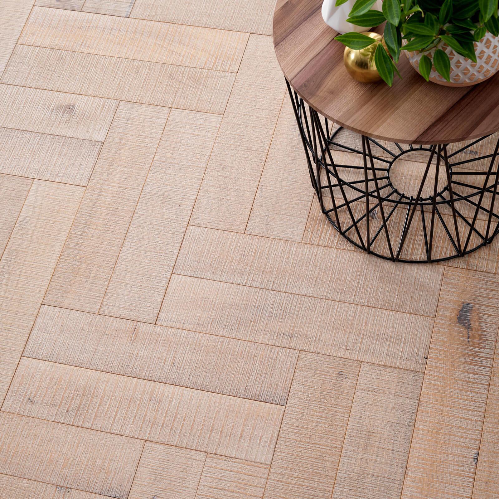 Salted Oak Goodrich Woodpecker Flooring Lifestyle